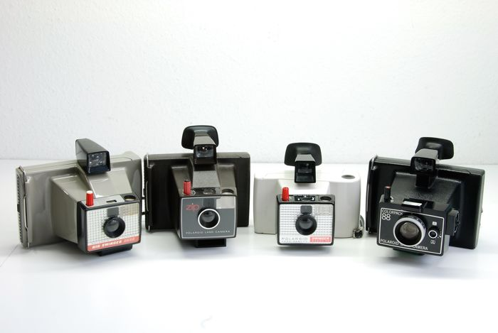 Polaroid Colorpack 88 UK 1969. Big Swinger 3000 USA 1968 Zip UK 1960-70  Swinger model 20 France 1986
