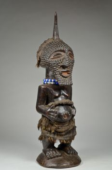 Nkisi power figure - SONGYE - D. R. Congo