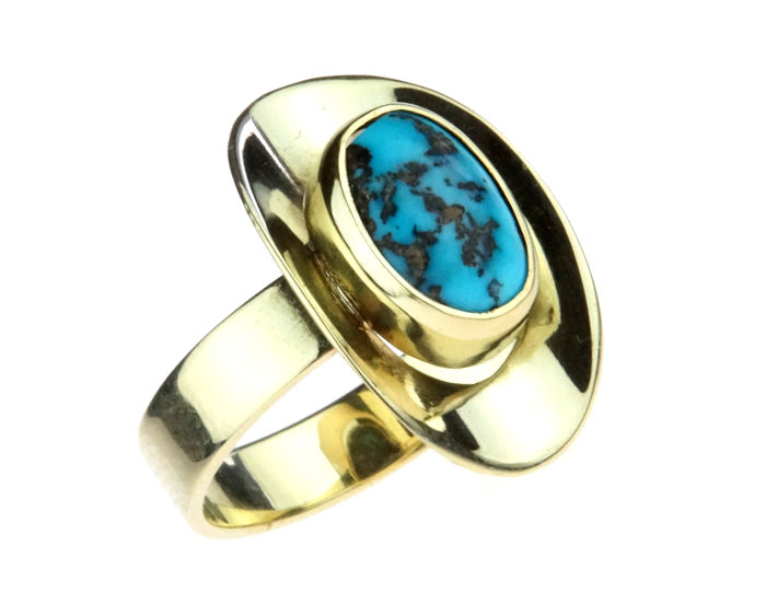 14 kt gold women's ring set with turquoise in a fantasy setting, ring size 17.5