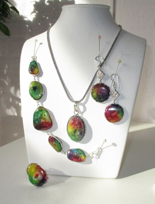 Agate geode 925 silver set, necklace, pendant, bracelet, earrings and ring.