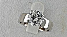 IGL 2.04 ct round diamond ring made of 18 kt white gold - size 7