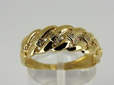 14 kt gold ring with ± 0.02 ct diamond – size 17¾ – 2.67 grams