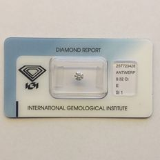 Natural diamond, 0.32 ct E SI1.
