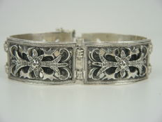 Very beautiful Blachian traditional dress silver bracelet, 800 silver