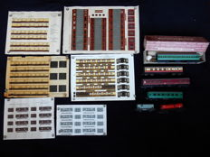 Farish/Triang/Hornby/Merco 00 - Passagierswagen, Toebehoren - Carriages and Litho's from the fifties - British Rail