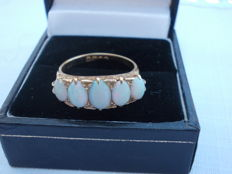 Early to mid 20th century 5 stone 18ct gold and opal ring