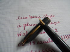 Great Mouse Grey Waterman Pen from the 40s - Original Very Flexible 18K Gold Italic Nib