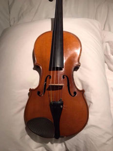 German 4/4 violin with case and bow