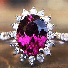 2.13ct Tourmaline and Diamond ring made of 18 kt white gold - NO RESERVE - FREE RESIZING