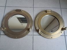 Porthole set of 2 in brass
