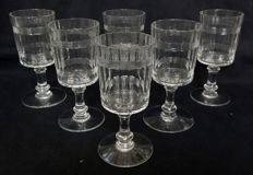 Baccarat - 6 crystal wine glasses, Chicago pattern - 12,3cm., France, Late 19th century or early 20th century