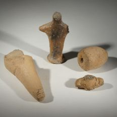 4 Greek Neolithic fragments; leg, torso, idol, spindle whorl; terracotta - Various sizes (4x)