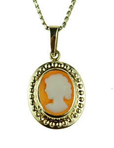 14 karat gold women's necklace with cameo pendant 53 cm