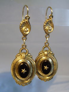 Antique Victorian earrings with black onyx totalling 4 ct, circa 1960-70