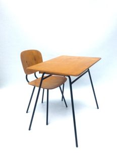 Jacques Hitier – Desk and chair for children.