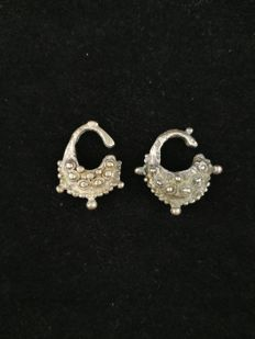 Handmade silver earrings - Timor (Indonesia), early 20th century