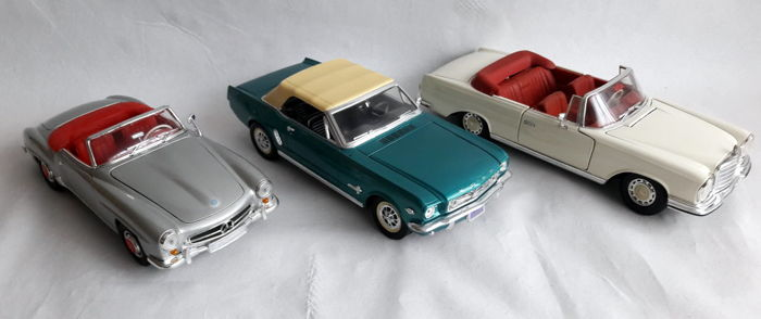 Welly / Mira / Maisto - scale 1/18 - lot with 3 models: Mercedes-Benz 190 SL 1955, Ford Mustang 1965 & Mercedes-Benz 280 SE 1966 convertible
