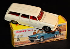 DinkyToys-France - Scale 1/43 - Peugeot 404 Commerciale No.525