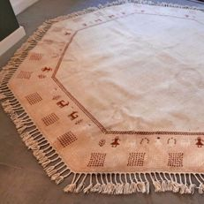 Magnificent XL light octagonal Gabbeh Persian carpet - diameter approx. 235 cm - very good condition - GREAT opportunity - UNIQUE design - TOP TOP TOP
