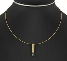 Yellow gold 18 kt - Choker with pendant - Blue topaz - Length 41 cm