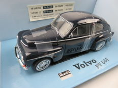 Revell - Scale 1/18 - Volvo 544 - Black