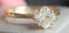 14K Yellow Gold Solitaire Diamond ring 0.6 ct VS2, 16.2 mm (Easily resized)