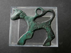 Early medieval bronze Viking horse amulet - 36 x 30 mm
