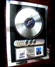 "Pink Floyd 13 million sales award ""Wish you were here"""