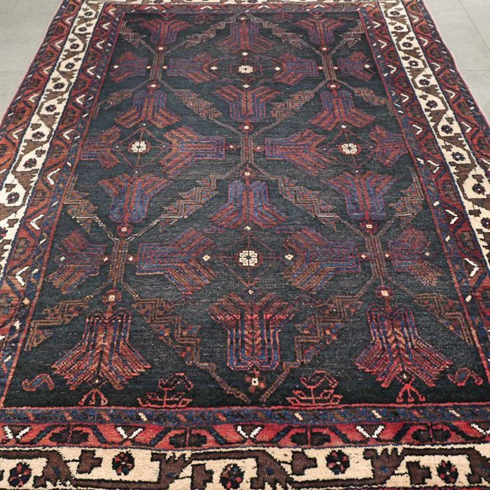 Rare dark antique Afshar Persian rug - 177 x 136 - unique look - very special and valuable rug