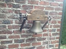 Very nice bell in brass from a manor in France about 1880