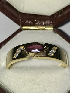 18k gold ring with ruby and diamonds, ringsize 54