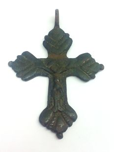 Medieval bronze big  cross with the crucifixion of Jesus Christ 68х49 mm