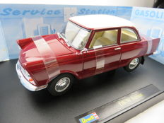 Revell - Scale 1/18 - DKW Junior - Red