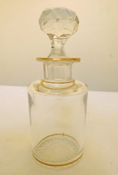 Baccarat crystal perfume bottle gilt with fine gold - 17cm - not signed, listed in the 1916 catalog