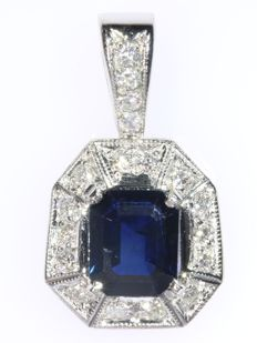 Vintage white gold diamond and sapphire pendant