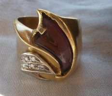 Unusual Vintage Gold and Diamond and Amethyst Channel Set Ring