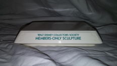 Disney, Walt - Display Sculpture Base 41053 - WDCC - Members Only