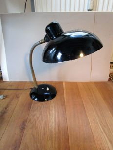 SIS –   desk lamp with swan neck