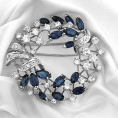 One-off Diamond and Sapphire Brooch 4 x4cm, Never worn.
