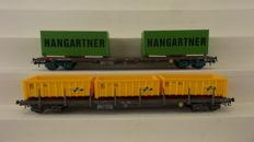 """HAG H0 - 380/392 - Two four axle flatcars Sgss and Rs-x with containers from """"Hangartner"""" and box containers from """"ACTS"""" of the SBB"""