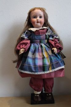 Antique doll - Heubach Koppelsdorf Germany