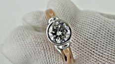 1.04 ct  round diamond ring made of 18 kt rose/white gold *** NO RESERVE PRICE ***