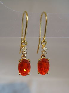 Gold earrings with genuine fire opals with a strong colour 1.80ct and diamonds 0.12ct.