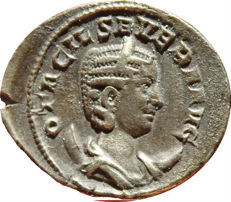 Roman Empire - Otacilia Severa. Augusta, A.D. 244-249. AR antoninianus (24,38 mm, 3,42 g). Rome, under Philip I and Philip II, A.D. 247. PIETAS AVGVSTAE
