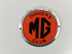 Vintage Chrome Auto Car Badge MG Owners Club Bright Red Version