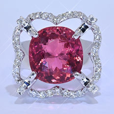 6.70 Ct Red Tourmaline with Diamonds, designer ring - NO reserve price!