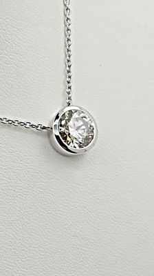 IGL 2.01 ct  VS2 round diamond pendant in 14 kt white gold - 42cm