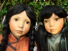 AEL Chinese dolls Naomi and Lilly - America