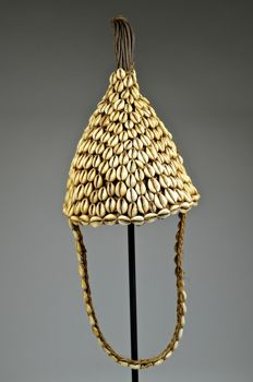 Beautiful 'Bwami' ceremonial hat - LEGA - Democratic Republic of Congo