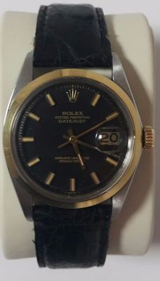 Rolex — Oyster Perpetual Datejust,  Superlative Chronometer — Cal. 1570 — Men